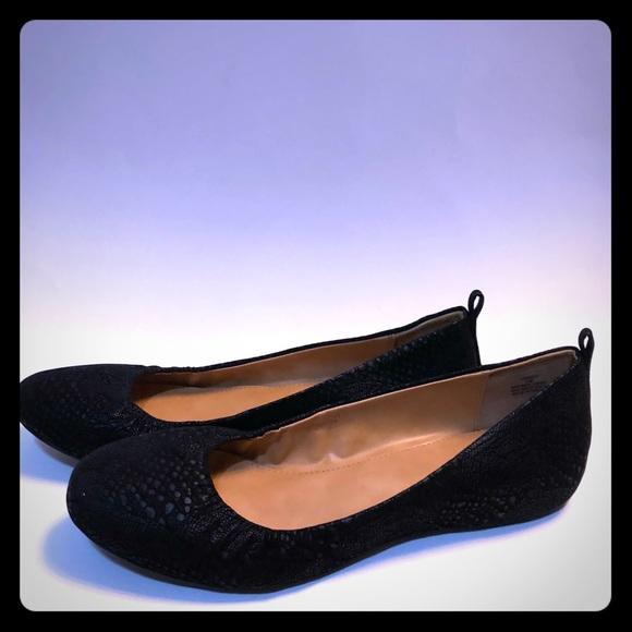 Life Stride Shoes - Black Snake Flats